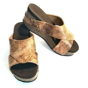 BOUTIQUE CORKY Snakeskin Copper/Brown Wedge SHOE 6